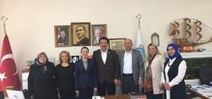 Ak Partili kadın başkan bir günde üç ilçeyi ziyaret etti