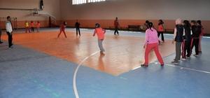 """İhsaniye'de """"Geleneksel Çocuk Oyunları Şenliği"""" düzenlendi"""