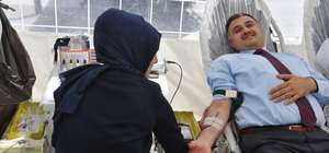 Başkan Cabbar'dan kan bağışı