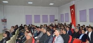 Besni'de 'Darbeci ve Vesayetçi Anayasadan, Sivil Anayasaya' konulu konferans