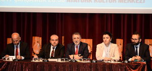 """Uşak'ta """"Cumhurbaşkanlığı Hükümet Sistemi ve Yeni Anayasa Konferansı"""""""