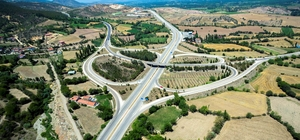 Tekkeköy kavşak köprüleri olimpiyatlara yetiştirilmeye çalışılıyor