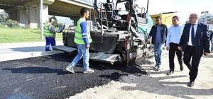 İzmir kent merkezinde asfalt mevsimi