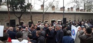 Ulucami'de binlerce kişi İdlib için gıyabi cenaze namazı kıldı