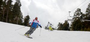 Nisan ayında Cıbıltepe'de kayak keyfi