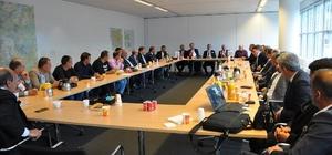 Hollanda'da gurbetçi iş adamlarına yatırım fırsatları anlatıldı