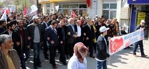 Kütahya'da Türkiye Gençlik Vakfı üyesi gençlerden 'evet' yürüyüşü