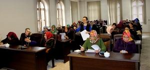 Menopoz eğitimi tamamlayan 40 kadın başarı sertifikası aldı