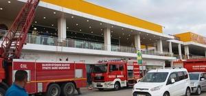 AVM'de baca yangını paniğe neden oldu