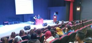 Domaniç Hayme Ana MYO öğrencilerine liderlik semineri