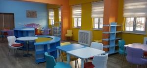Barış ortaokuluna yeni Z Kütüphane