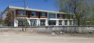 Cihanbeyli'ye Gençlik Merkezi inşaatında sona yaklaşılıyor