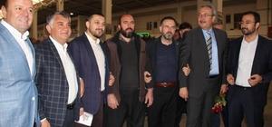 AK Parti heyeti Pazar esnafı ve vatandaşlarla biraya geldi