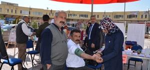 Öğrenciler vatandaşlara sağlık taraması yaptı