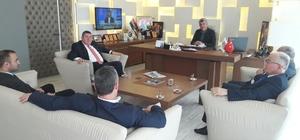 Alaplı ve Gümeli belediye başkanları, Muzaffer Yiğit'i ziyaret etti
