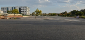Konyaaltı Belediyesi'nden AÜ'ye sıcak asfalt