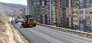 Yıldıztepe Mahallesinde sıcak asfalt çalışması yapıldı