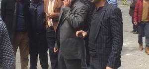 AK Parti Bağlar İlçe Başkanı Gezer, patlama alanında inceleme yaptı