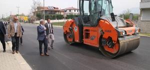 Akyazı'da asfalt serim çalışmaları sürüyor
