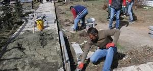 Özalp ilçesinde park yenileme çalışması