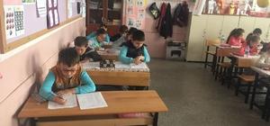 Hisarcık'ta 'Al götür, oku getir' konulu kitap okuma yarışması finalleri