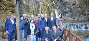 Büyükelçiler Darende'yi gezdi