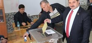 AK Parti Konya milletvekilleri halk oylamasında oylarını kullandı