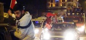 Erciş'te 'Evet' kutlaması
