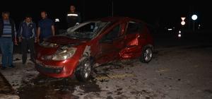 Ortaca'da trafik kazası; 3 yaralı