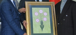 İYC'den Başkan Özkan'a ziyaret