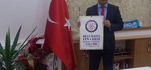Eski Kaymakam Selçuk Haskırış'a Fen Lisesi'nden teşekkür plaketi