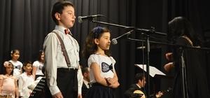 Çocuklardan 23 Nisan'a özel konser