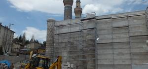 Sivas'taki tarihi Gökmedrese'nin restorasyonu