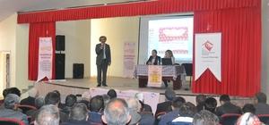 """Karayazı'da  ''Geleceğimiz için ailece el ele projesi"""" kapsamında eğitim programı düzenlendi"""