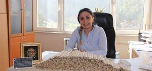 Seminer kalemlerini Şanlıurfa'daki öğrencilere gönderdi