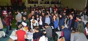 Öğrencilerden kan bağışına klipli davet