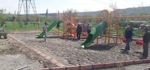 Gövük Mahallesinde çocuklar için yaptırılan oyun parkı hizmete girdi