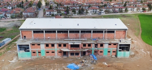 15 Temmuz şehitleri spor salonunun kaba inşası tamamlandı