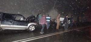 Artvin'de tünelde trafik kazası: 3 ölü, 3 yaralı