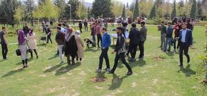 Gençler, geleneksel spor dallarıyla eğlendi