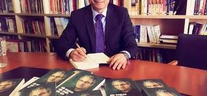 Başkan Akpınar 'hayatını' kitapta birleştirdi