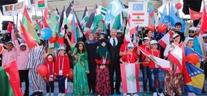 Dünya yetimleri Sultangazi'den dünyaya barış mesajları verdi
