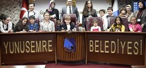 Mecliste yetki çocuklardaydı
