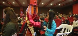 Silopi'de anaokulu öğrencilerine yönelik palyaço gösterisi