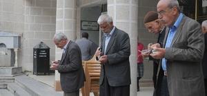 Çelikhan'da bin 500 kişilik irmik dağıtıldı