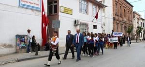 Balıkesir'de Uluslararası Halk Oyunları Festivali