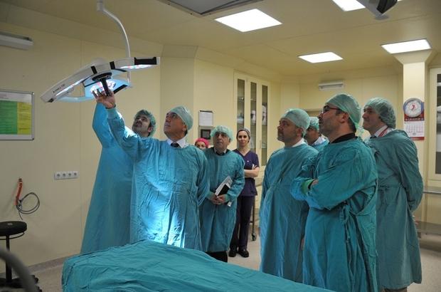 Rektör Bilgiç hastaneyi inceledi