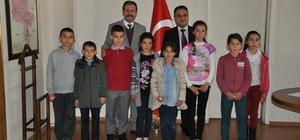 Mangala ve satranç turnuvalarında dereceye giren öğrenciler ödüllendirdi