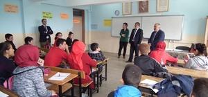 Havran'da Kaymakamın okul ziyareti