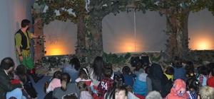 'Beyaz Tay' 23 Nisan'da çocuklarla buluştu